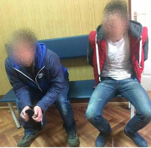 ВБорисполе пьяные молодчики безжалостно избили полицейского